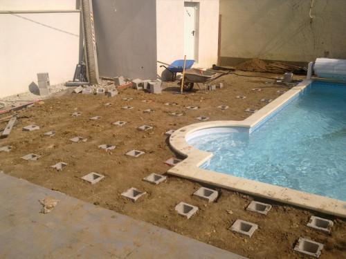 projet de pose d 39 une terrasse en composite avec am nagement de jardin les jardins de la. Black Bedroom Furniture Sets. Home Design Ideas
